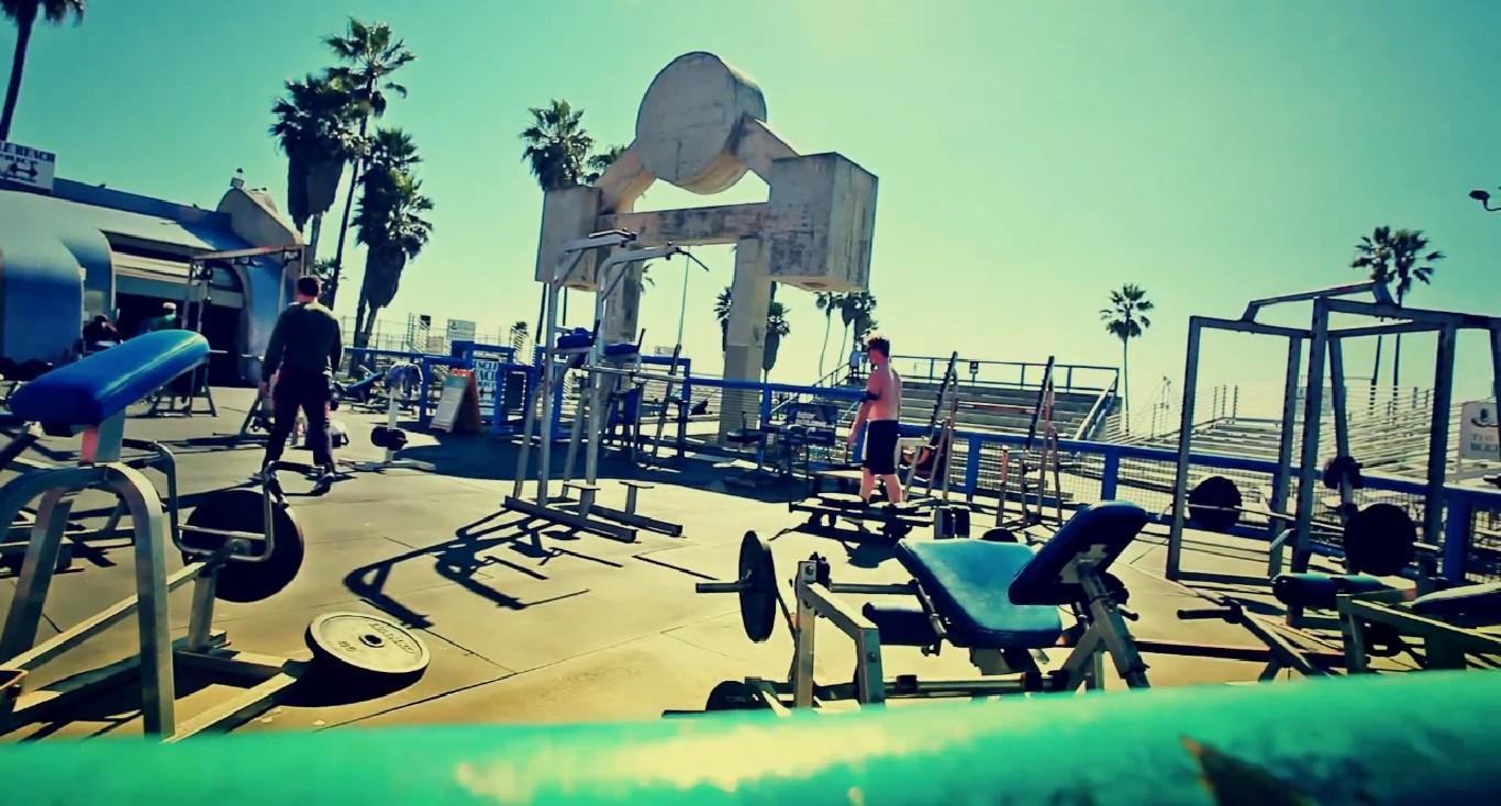 101 Decybeli x B.A.K.U. - California Dreamin