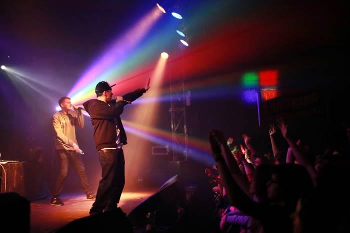 Rahim i Buka podczas koncertu promującego album OPTYMISTYCZNIE