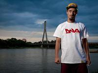 """DNA kolor """"Polska"""" White/ Blod Red - T-shirt"""