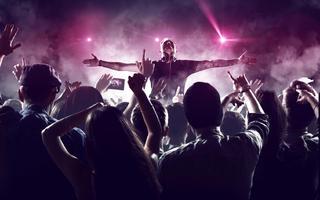 Rozbujać tłum - jak to robią beats DJ?